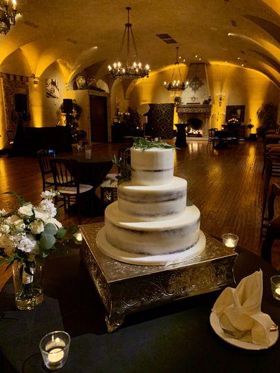 Cake Spot & Uplighting