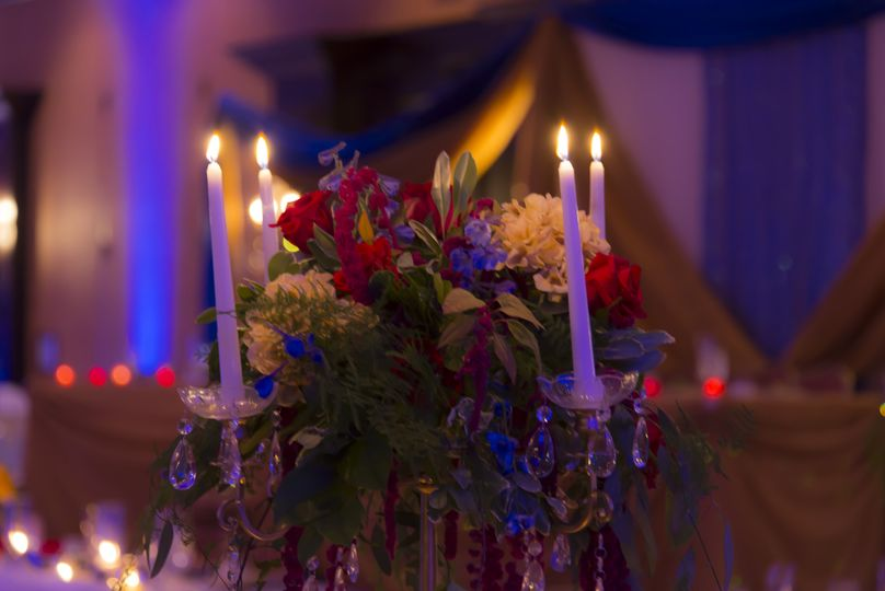 Candlelit and floral centerpiece
