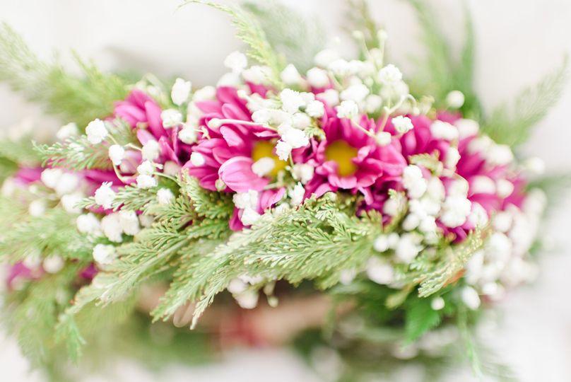 A gorgeous flower crown!