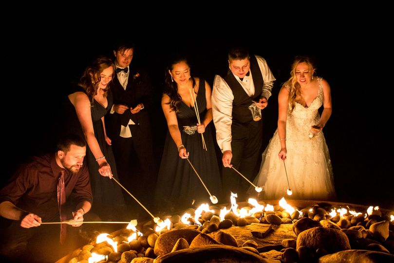 d9fd690a143b18b3 1518155924 09e6fe200cb69b63 1518155918723 9 Wedding in Syracus