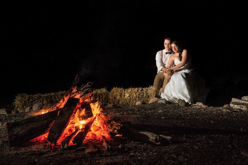 Camp fire love - Solas Studios Photography