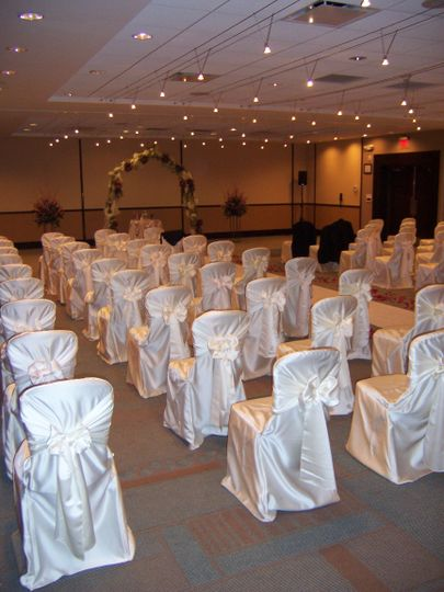 Indoor ceremony setting
