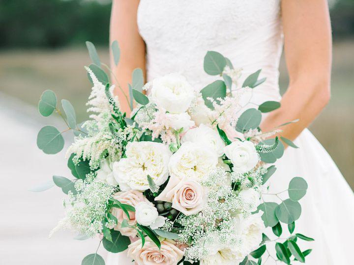 Tmx 1515790499 Fa29b7e44c32f932 1515790496 3731ab5ebc736b1b 1515790484355 7 Austin David Danie Ferndale, MI wedding florist