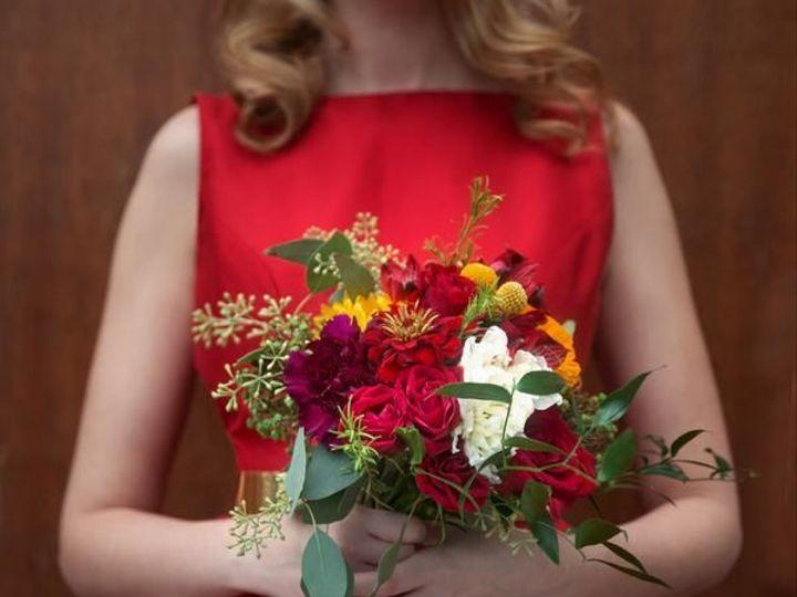 Tmx 1515790941 E1f53f691edb0bb4 1515790940 8850d903a47e484a 1515790920050 12 ParksandRec Weddi Ferndale, MI wedding florist