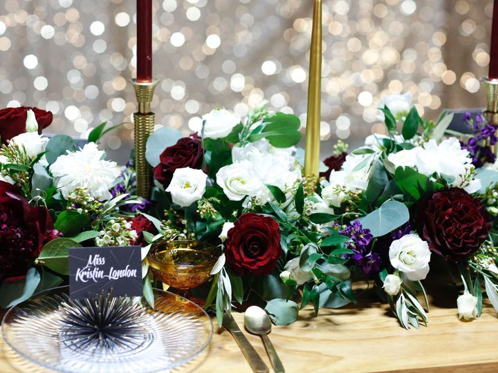 Tmx 1515791389 526a9a4d256a9689 1515791383 104f03af5393be0b 1515791353524 4  I0A7713 Ferndale, MI wedding florist