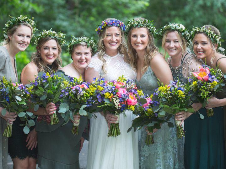 Tmx 1533958553 4a82cc040f267024 1533958549 De78332f7a532be6 1533958540951 4 44 Wedding Shannon Ferndale, MI wedding florist