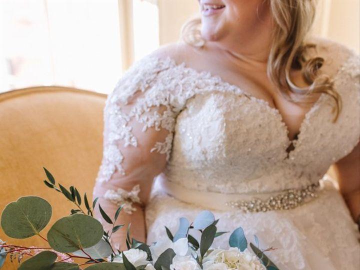 Tmx Lbp Brooke And Paul 0202 51 95621 Ferndale, MI wedding florist