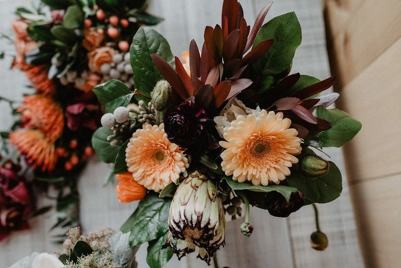 Fall theme flowers