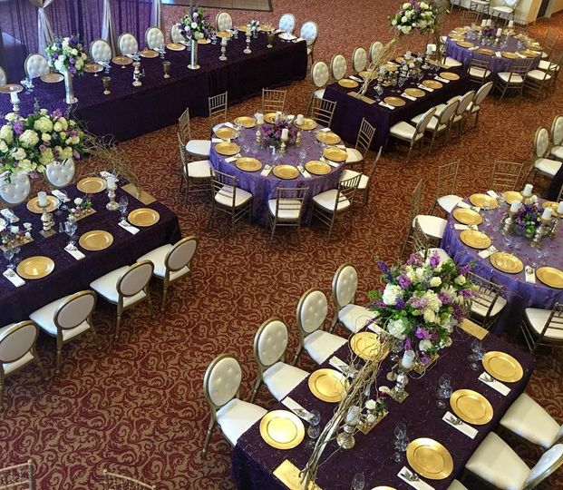 The wildwood hotel venue wildwood mo weddingwire for Table 6 wildwood mo