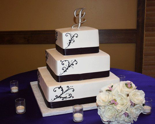 Tmx 1315282419463 Rockwellsweddingcakesandiego Villa Park wedding cake