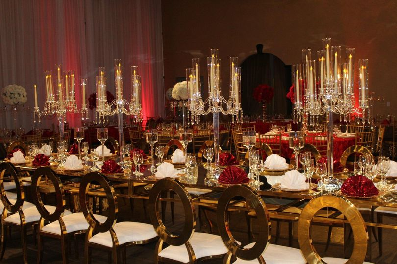Elegance of long tables