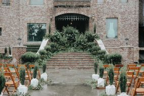 Three Lakes Manor