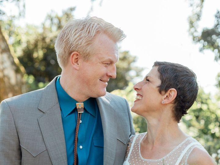 Tmx 1516729530 26a86eded0f9ad2a 1516729526 C5a55ae51e1eb061 1516729500301 1 Kirk Alex Favs 3 Seattle, WA wedding photography