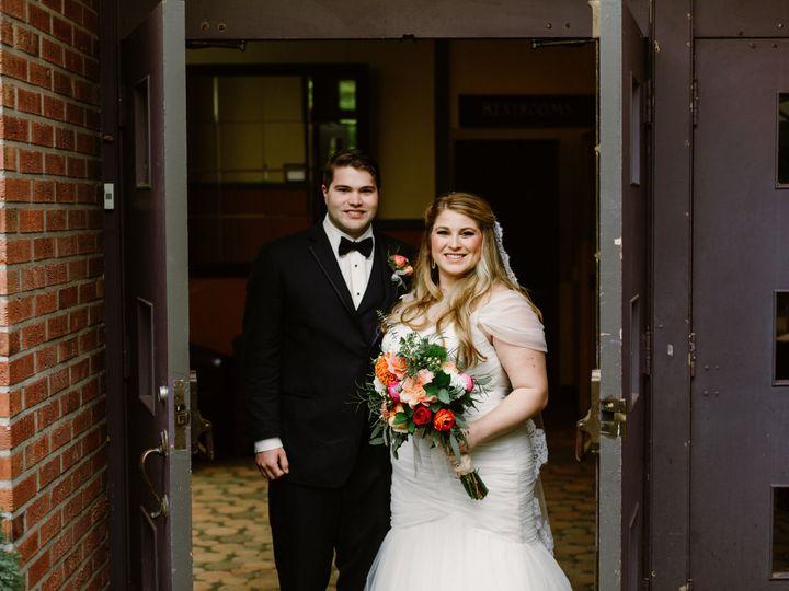 Tmx 1516734134 C1694499445267ed 1516734130 E72f678a26db7908 1516734118558 30 Mikala Isaac Port Seattle, WA wedding photography