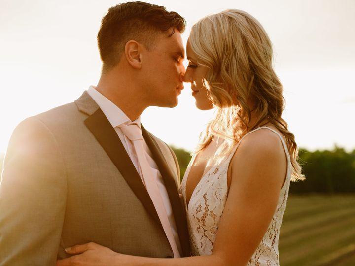 Tmx 1530638288 Abd507cda30a9578 1530638285 4a11b07ebe21f2bc 1530638235170 10 Rachel Eddie Prev Seattle, WA wedding photography
