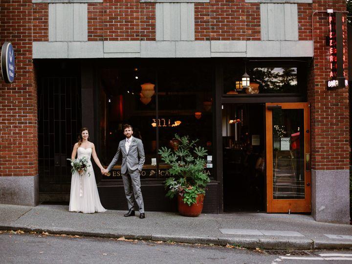 Tmx 1534472659 Cabd2b3ee430d653 1534472656 Fb14db2539a05e96 1534472628217 6 Anna Louis Preview Seattle, WA wedding photography