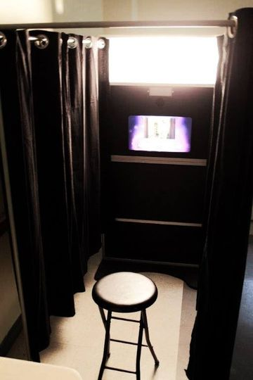 The booth's sleek solid black frame creates an elegant feel. It will look great at any event.   How...