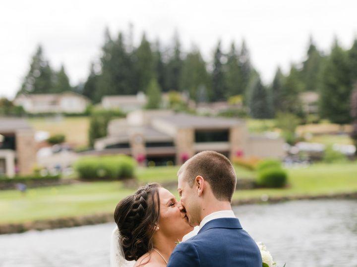 Tmx Jayceandstephaniewedding95of995 51 1054721 158567294546832 Bothell, WA wedding beauty