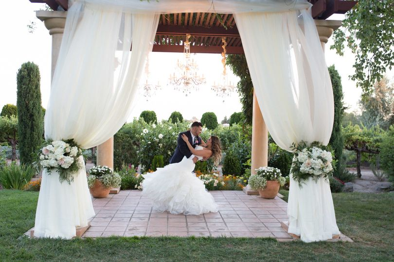800x800 1511917706049 vintners inn wedding kimberly macdonald photograph