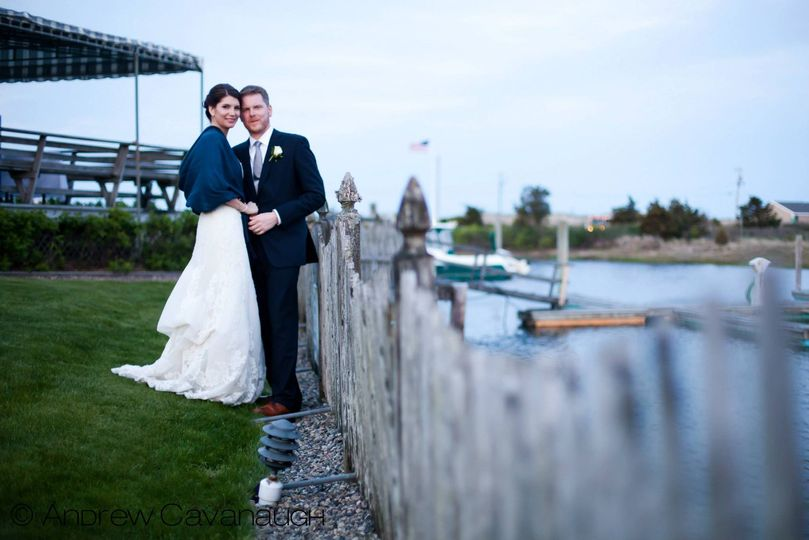 Spring wedding on the lawn | Andrew Cavanaugh Photography