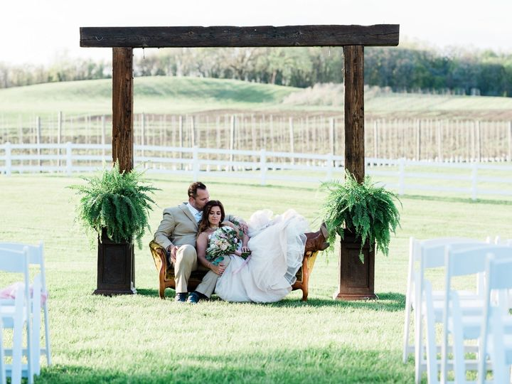 Tmx Styledatkuipers 1617 51 686721 157834844896278 Maple Park, IL wedding venue