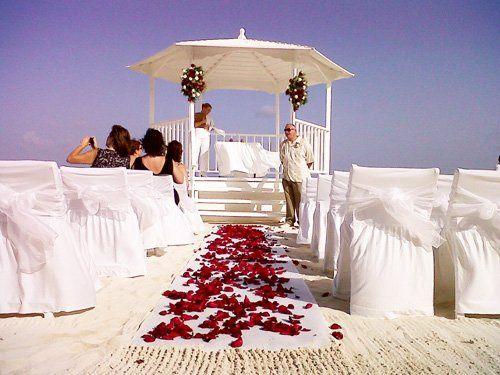 Tmx 1364399796985 Beachweddingceremony39 Brooklyn wedding travel