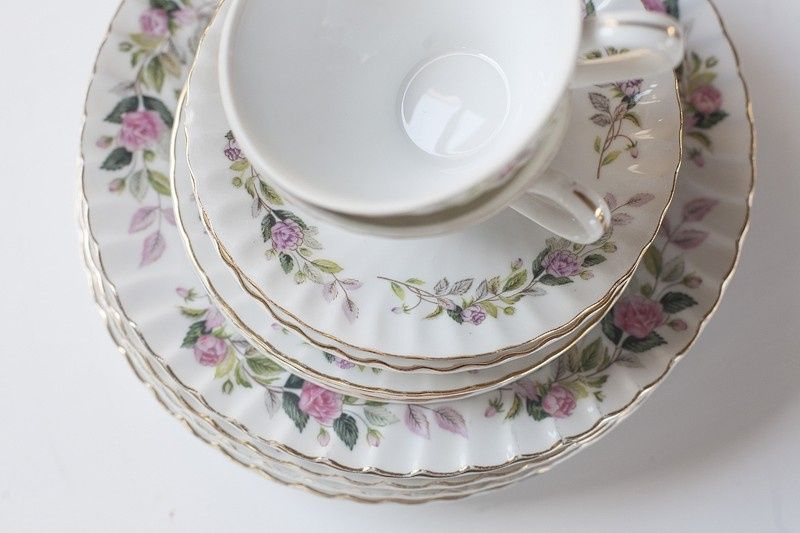 vintage mis matched china charmingly romantic