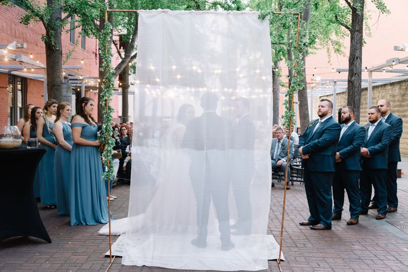 Modern wedding in Downtown