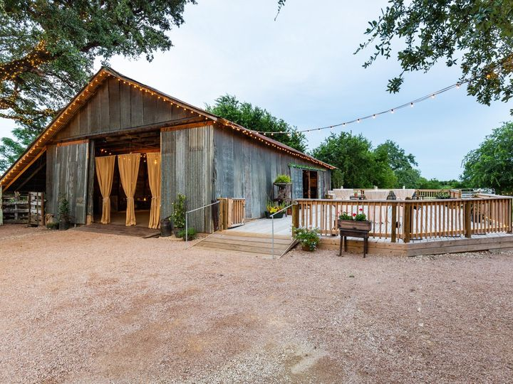 Tmx Barn Front Right To Left Day 070319 51 1052821 1562208557 San Marcos, TX wedding venue