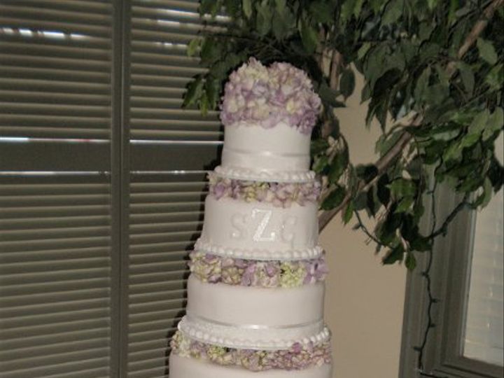 Tmx 1309901903132 SzcsepanskiCake Lockport, NY wedding florist