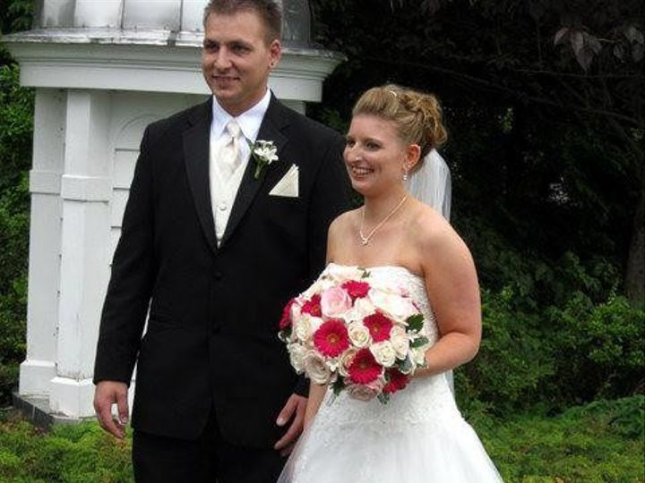 Tmx 1366405092636 Faxlangerbridegroom1 Lockport, NY wedding florist