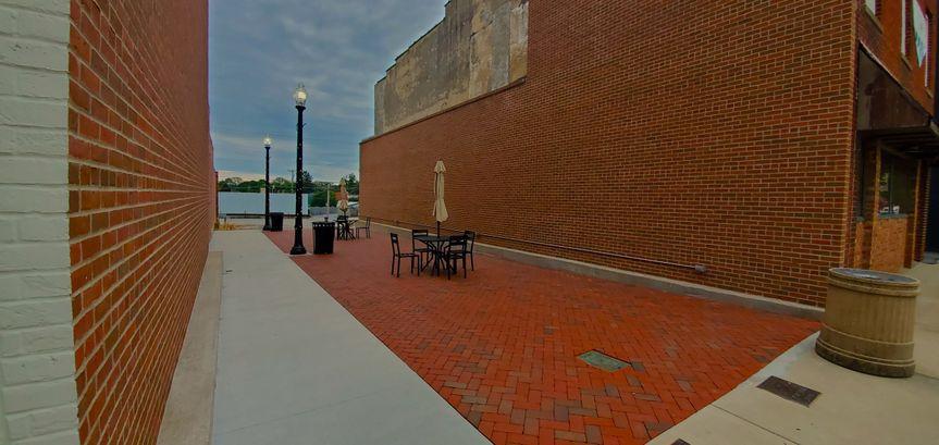 Courtyard/Colony Park