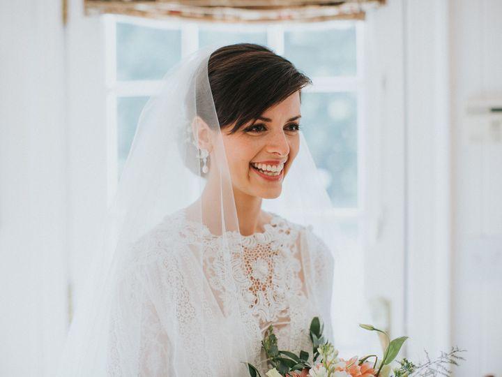 Tmx 1528369916 2a07bff534b65781 1528369915 6d4c302a6527cf60 1528369911062 5 933031ED 834B 40F9 Charlottesville, VA wedding beauty