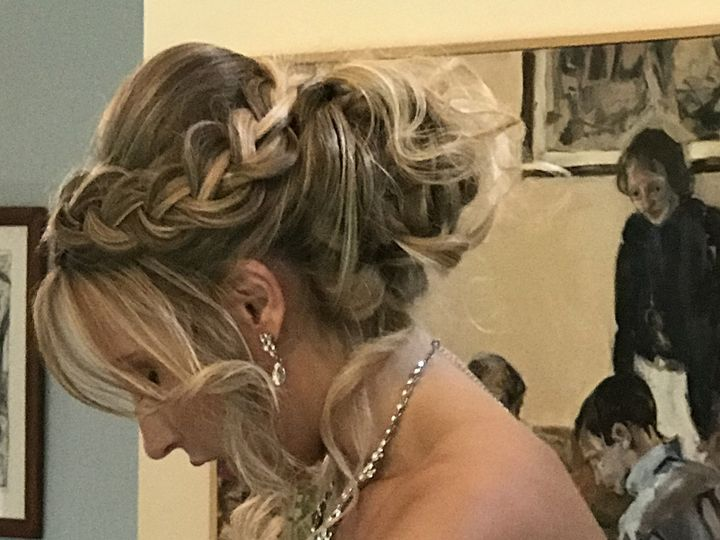 Tmx Db4405b0 0d2f 42e2 Ac13 Cb5cdaf78723 51 485821 Charlottesville, VA wedding beauty