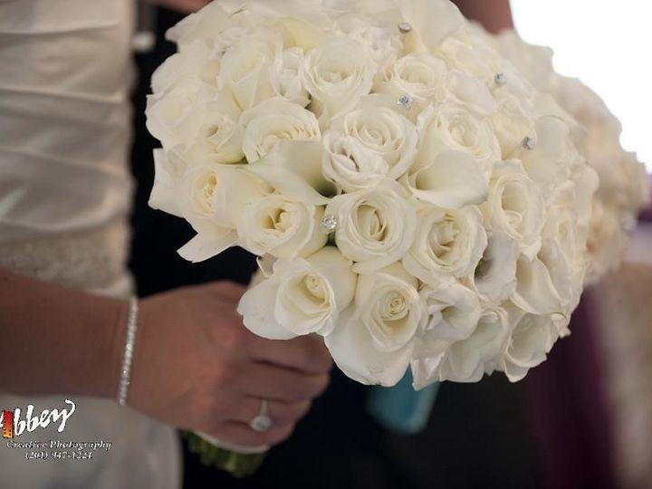 Tmx 1531169419 9710974999091b54 1531169418 4b15bba8c2f482ba 1531169416663 2 Bridal Bouquet Randolph wedding planner