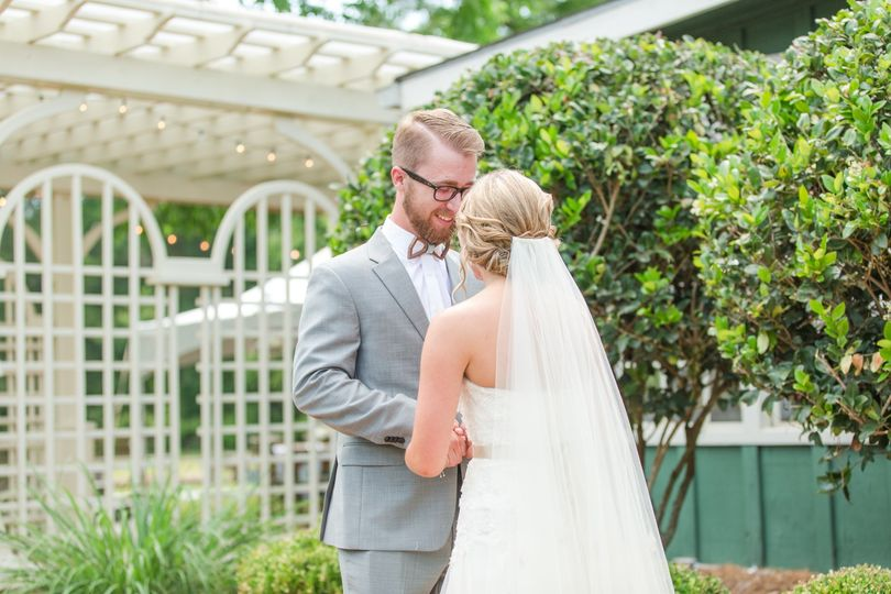 Hand-in-hand - Amber Brogdon Page Photography