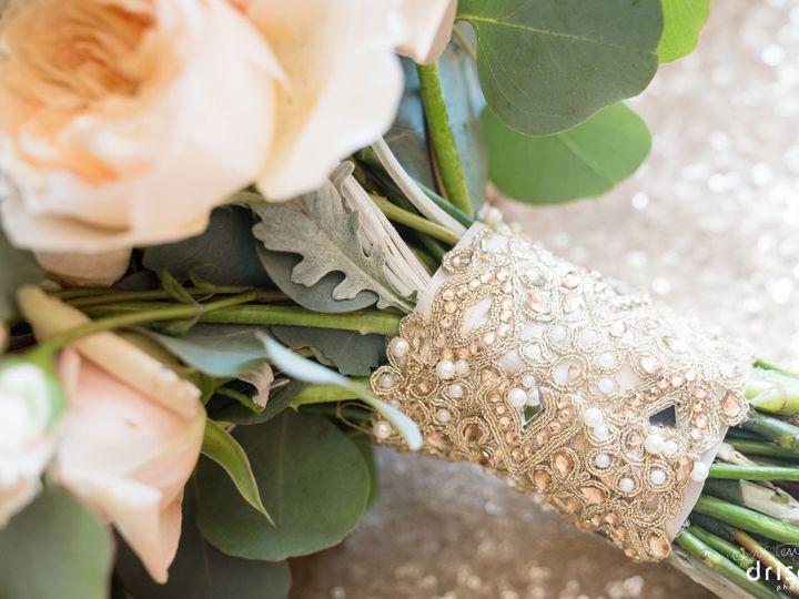 Tmx 1535160276 23378847fc7b6198 1535160274 A6a53b7f5a06a9bc 1535160274037 10 142 WEB Kristen D Denville, New Jersey wedding florist