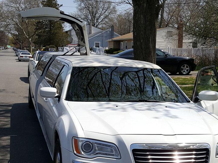 Tmx 1508946778623 Kingsexecutivelimo.com Kings46 02 Brandon wedding transportation