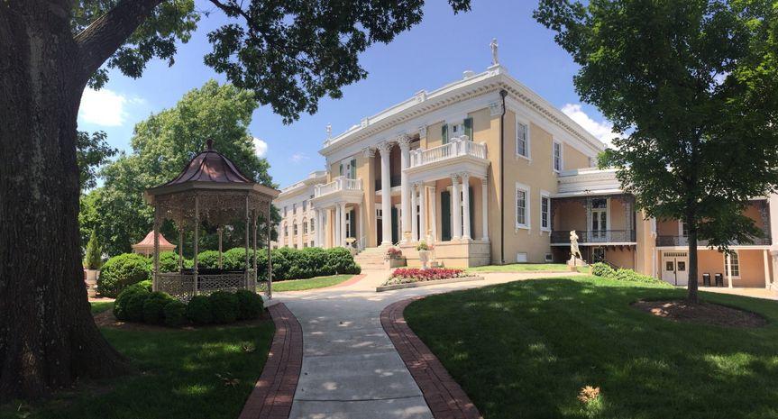 Belmont Mansion in sumer