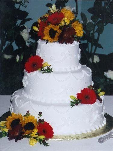 Tmx 1236015242433 Cake21 Ephrata wedding cake