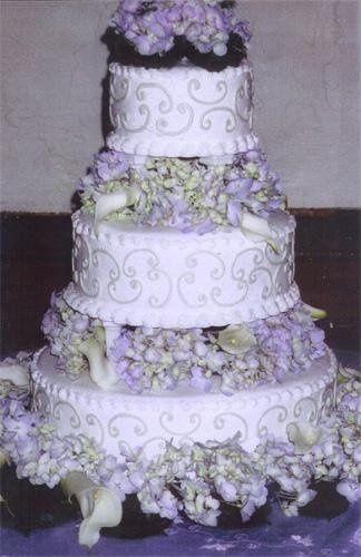 Tmx 1236015294777 Cake35 Ephrata wedding cake