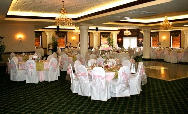 """The Diamond Room decorated for a """"pink"""" themed wedding."""