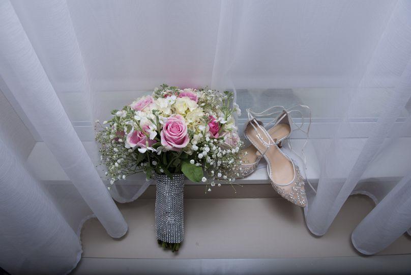 Bride's bouquet and heels