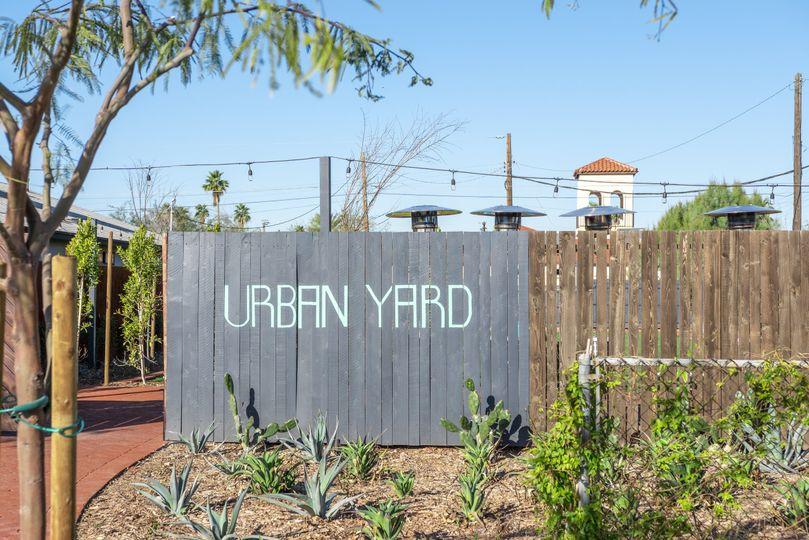 urbanyard 10 51 1047921