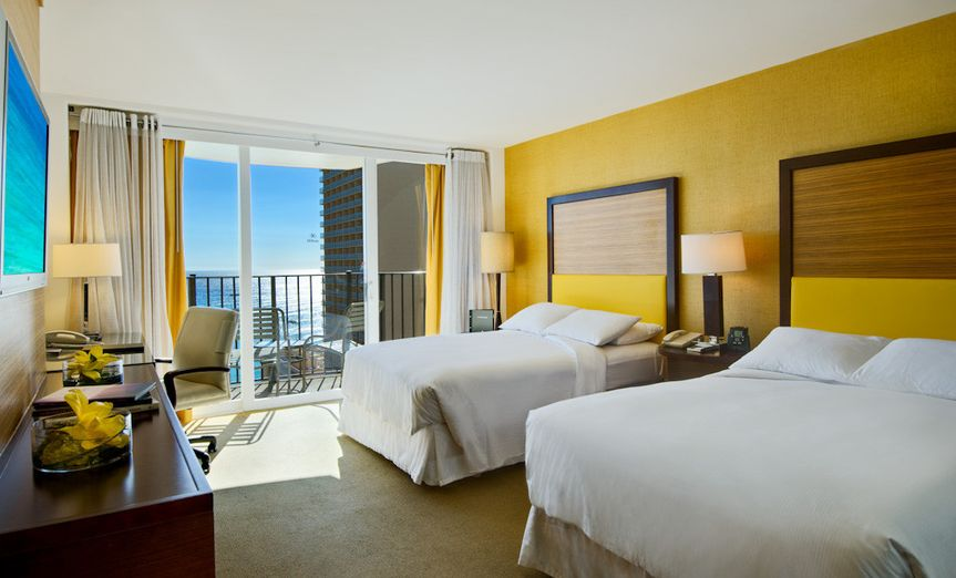 Hilton Waikiki Beach: Two Double-beds, Ocean View