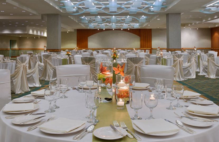 Hilton Waikiki Beach: Our Grand Ballroom provides the backdrop for a picture perfect day.