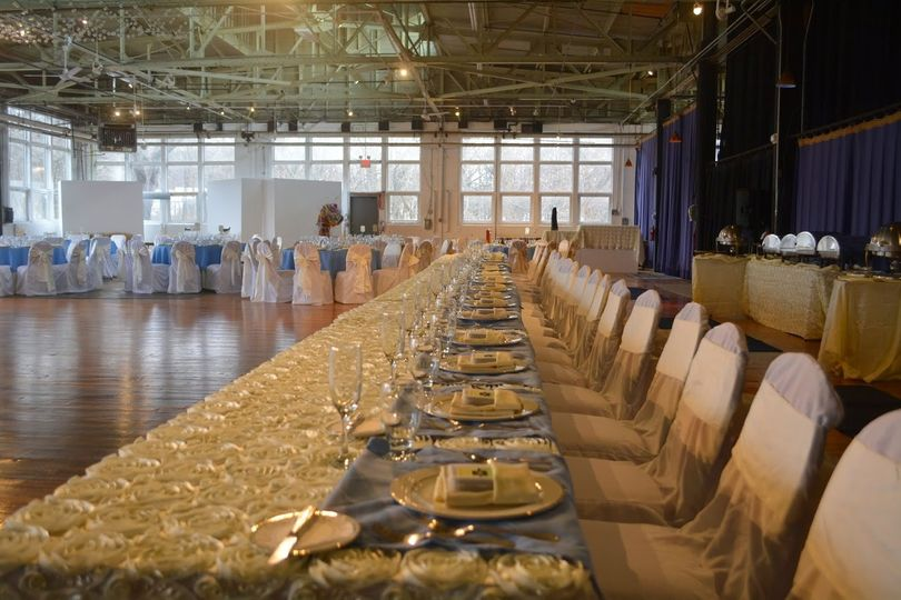 SPECIALTY LINENS ALL INCLUDED IN PRICE