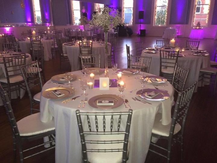 Reception table with purple details