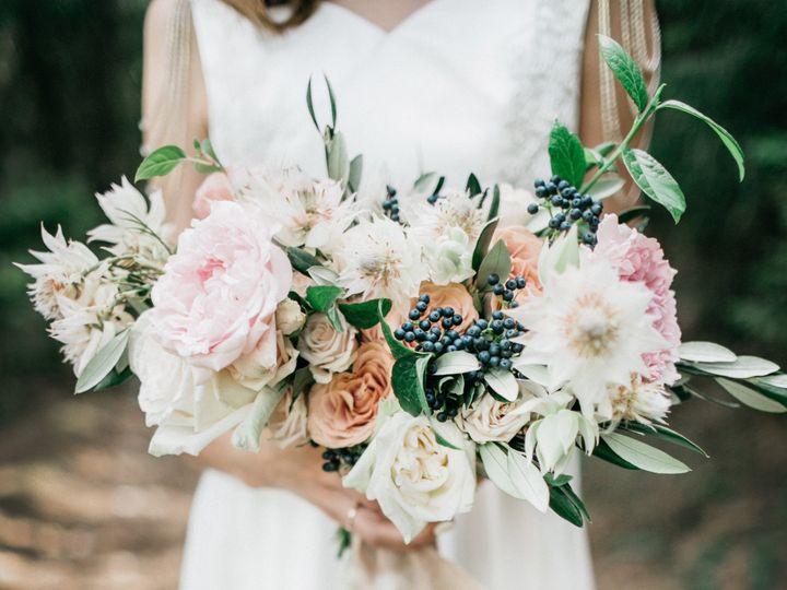 Tmx Dp Bouquet 51 1234031 159769315920630 Minnetonka, MN wedding florist