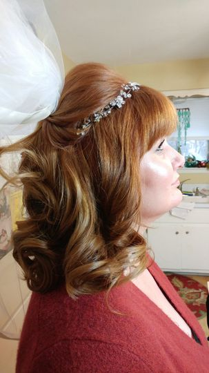Curls and headpiece